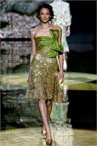 ddfdad2d577 10 meilleures images du tableau Haute couture en VERT   Elie Saab ...