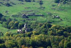 Khorakert monastery.  Khorakert monastery is located 3 km from the village of Lori province Jiliza. west of the densely forested foothills of Mount Lalvar. The complex consists of a church, a vestibule, refectory (now demolished) and chapels.