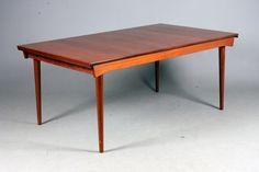Finn Juhl dining table FD 540