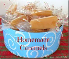 Christmas Candy Recipe Idea: Homemade Caramels that are easy and delicious! #Christmascookies
