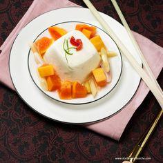 Limetten-Joghurt-Mousse mit Papayakompott Mousse, Dessert, Panna Cotta, Breakfast, Ethnic Recipes, Food, Yogurt, Papaya Recipes, Lemon Grass