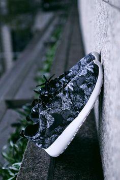 Love ,love , Love, so beautiful shoes, I love nike free runs very much. roshe!! Upto 82% Off !!!