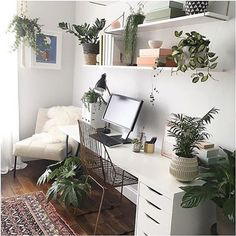 Ideas For Home Office White Desk Workspace Inspiration Cozy Home Office, Home Office Space, Home Office Design, Home Office Decor, Home Decor, Office Ideas, Home Office Bedroom, Workspace Design, Office Workspace
