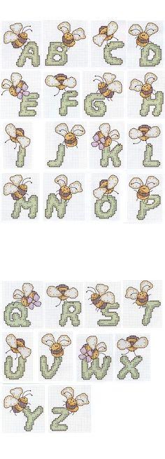 Gráfico ponto cruz alfabeto com abelhas
