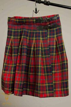 Tartan Skirts — De Oost Bespoke Tailoring