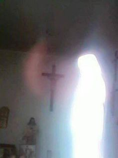 Apparition of Virgin Mary in photos taken in chapel
