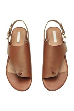 Leather toe-post sandals with an asymmetric front section. Adjustable ankle strap with metal buckle. Leather lining and insoles, and Shoes Flats Sandals, Sandals Outfit, Shoe Boots, Toe Loop Sandals, Men Sandals, Strap Sandals, Leather Slippers, Leather Sandals, Cute Shoes