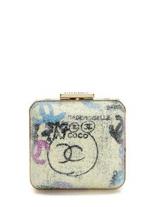 for those who can tolerate a little bit of grunge mixed into classic style #chanel #graffiti #clutch #luxury #gifts