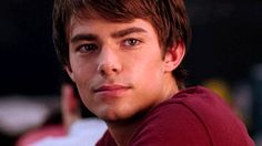 """Jonathan Bennett used to make Lindsay Lohan blush (naturally) on camera. 