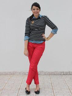 Sensacional! Comprei uma calça vermelha esta semana e estou procurando inspirações para usa-la.