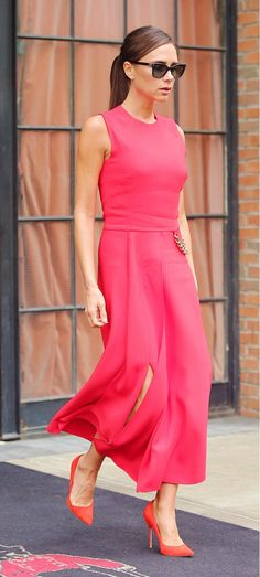 Seeing Red: The Color Jessica Alba, Kate Bosworth & More Are Loving via @WhoWhatWear  PHOTO: Santi/Splash News