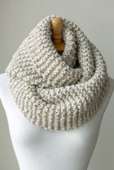 Knit scarf, chunky knit infinity scarf in Pale Brown or Beige, hand knitted  circle scarf, knit eternity scarves, chunky loop scarf cowl