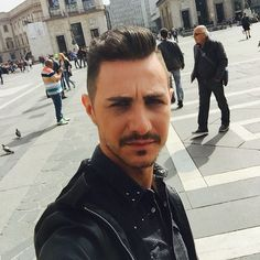 Ciao brutteeeee #milan #italy #fashion #style #fashionstyle #fashioneditor #federico #top #me #experiencelife