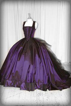 Wedding Tidbits: Gothic Wedding Theme Ideas 101