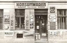 Zuagraste in Wien - Fiala Old Photographs, Vienna Austria, Salzburg, Old World, Times Square, Building, Photography, Vintage, Shop