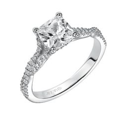 Trending Engagement Ring Styles for 2015: Fancy Shape Diamonds like style for a Cushion Cut