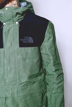 <> The North Face 1985 Heritage Mountain Jacket