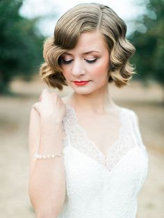 Wedding Beauty Inspiration From The Becoming Workshop via Magnolia Rouge