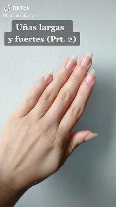 Types Of Nail Polish, Natural Nail Polish, Natural Nails, Natural Antifungal, Tongue Health, Different Types Of Nails, Nail Oil, Nail Care Tips, Oil For Hair Loss