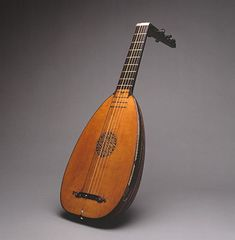 A lute, as seen in the title card for Schooltown Follies.