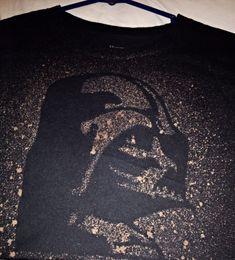 DIY Star Wars Shirt Darth Vader stencil then spray bleach mixture - Star Wars Tshirt - Trending and Latest Star Wars Shirts - Diy Tie Dye Disney Shirts, Darth Vader Stencil, Do It Yourself Design, Bleach T Shirts, Star Wars Crafts, Star Wars Party, Star Wars Tshirt, Disney Diy, T Shirt Diy