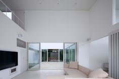 house in ikoma   minimal,white space http://www.kawazoe.biz/