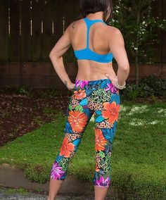 Aloha! We just shipped a pair of our Living Lotus leggings to a lovely kids yoga teacher! We know the world will be a better place with kids learning yoga at a young age & are grateful for people like her in the world!  Namaste!  #yoga #yogapants #yogaleggings #leggings #aloha #yogaeverydamnday #yogagirl #purebarre #pilates #supyoga #hotyoga #yogastyle