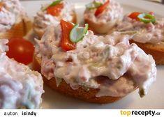 Hradecká pomazánka recept - TopRecepty.cz Czech Recipes, Ethnic Recipes, Baked Potato, Potato Salad, Food And Drink, Potatoes, Treats, Chicken, Baking