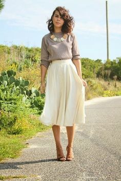 I love the simplicity yet wow factor of this! #styleinspiration #ootd #style #fashion