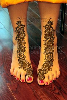 more henna feet!