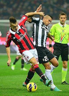 #Milan #Juve #formazioni in corso: #ElShaarawy si, #Vidal forse.