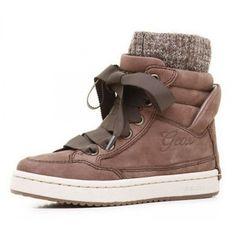 GEOX Silent pentru fete Boots, Winter, Fashion, Crotch Boots, Winter Time, Moda, Fashion Styles, Shoe Boot, Fashion Illustrations