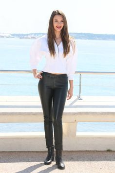 Leyla Lydia Tugutlu attends 'Heart Of The City' Photocall During MIPTV 2017 on April 3 2017 in Cannes France Moda Minimal, Prety Girl, Leather Tights, Turkish Women Beautiful, Petite Women, Urban Outfits, Minimal Fashion, Girls Wear, Feminine Style