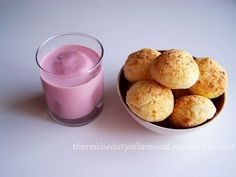 Pan de yuca con yogurt