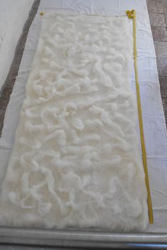 Making large pieces of felt fabric from a Roumanian Blog
