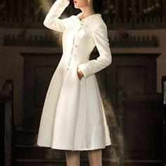S-XL White Vintage Woolen Long Dress Coat SP154224