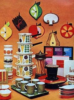 kitchen kitsch Los Angeles Times home magazine December 10 1967 interior design. Rounded corners groovy patterns orange with brown there you have it! Quirky Kitchen, 1970s Kitchen, Kitchen Stuff, Bohemian Kitchen, Kitsch, Mid-century Modern, Post Modern, 1970s Decor, Diy