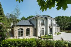 House for sale in Eaton Park Road, Cobham, Surrey, KT11 - CBM140257