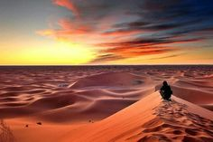 Discover Morocco desert in Fez to Fez 2 days desert tour or Fes desert tours 2 days we've tailored a private Fez to Fez desert tour to accommodate your need to combine Fes and Merzouga. Agadir, Marrakech, Trekking, Endless Night, Desert Tour, Excursion, The Dunes, Day Tours, World Heritage Sites