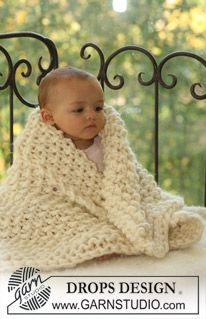 "DROPS pearl knitted blanket in ""Polaris"". ~ DROPS Design"