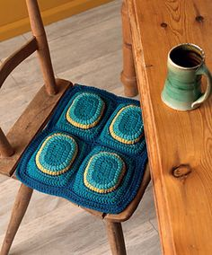 // crochet // oversized seat cushions - can definitely see making this in my future!