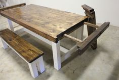 Build a stylish kitchen table with these free farmhouse table plans. They come in a variety of styles and sizes so you can build the perfect one for you. Farmhouse dining room table and Farm table plans. Farmhouse Table Plans, Farmhouse Dining Room Table, Dinning Room Tables, Diy Dining Table, Dining Rooms, Bar Tables, Wood Tables, Rustic Table, Farmhouse Ideas