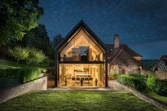 Luxury self-catering home with swimming pool in Chiddingstone Kent