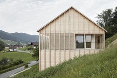Exterior, Wood Siding Material, House Building Type, Shingles Roof Material, and Gable RoofLine The roof was built with prefabricated wood elements. Photo 8 of 14 in A Minimalist Home Is Built Into Steep Terrain in an Austrian Valley Architecture Résidentielle, Minimalist Architecture, Agi Architects, Beautiful Modern Homes, Wooden Facade, Modern Cottage, Timber House, House In The Woods, Minimalist Home