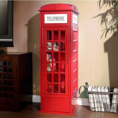 """I am now determined to eventually make a """"Dr. Who""""-esque phone booth bookcase for my sister :P"""