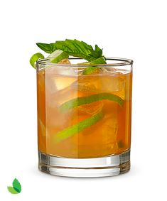 Try the low calorie recipe for Apple Basil Punch made with Truvía® Natural Sweetener. Cocktail Desserts, Cocktails, Drinks, Cocktail Recipes, Beverages, Spritz Drink, Stevia Recipes, Sugar Free Vegan, Low Calorie Recipes