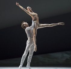 Olga Smirnova and Semyon Chudin in 'La Belle' choreographed by Jean-Christophe Maillot. Photos © Alice Blangero & Getty Images.