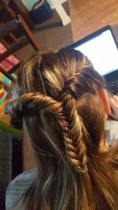 Half up fishtail cross over Easy peasy hair styles