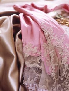 shades of pink lace.... I LOVE IT