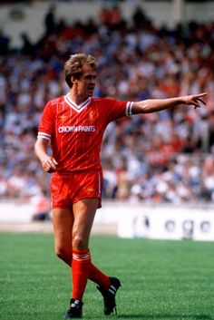 Liverpool legend Phil Neal #LFC
